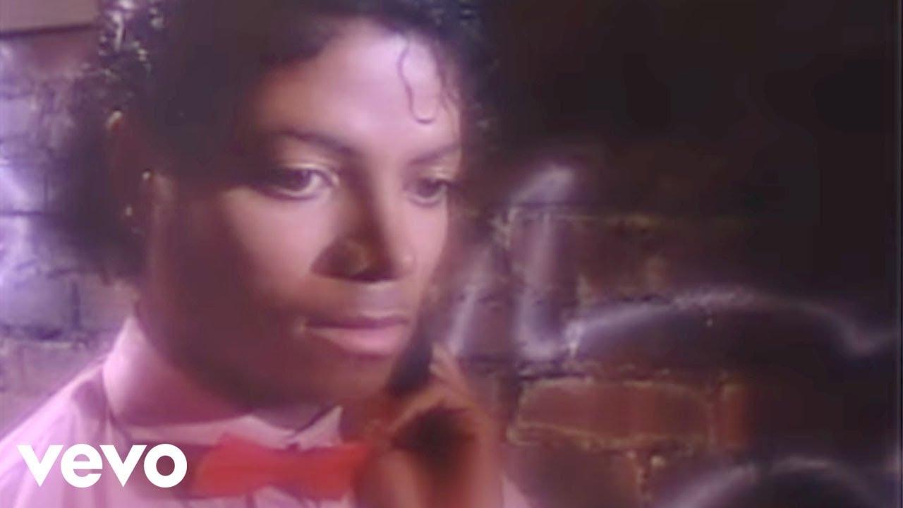 Michael Jackson - Billie Jean (Official Music Video)